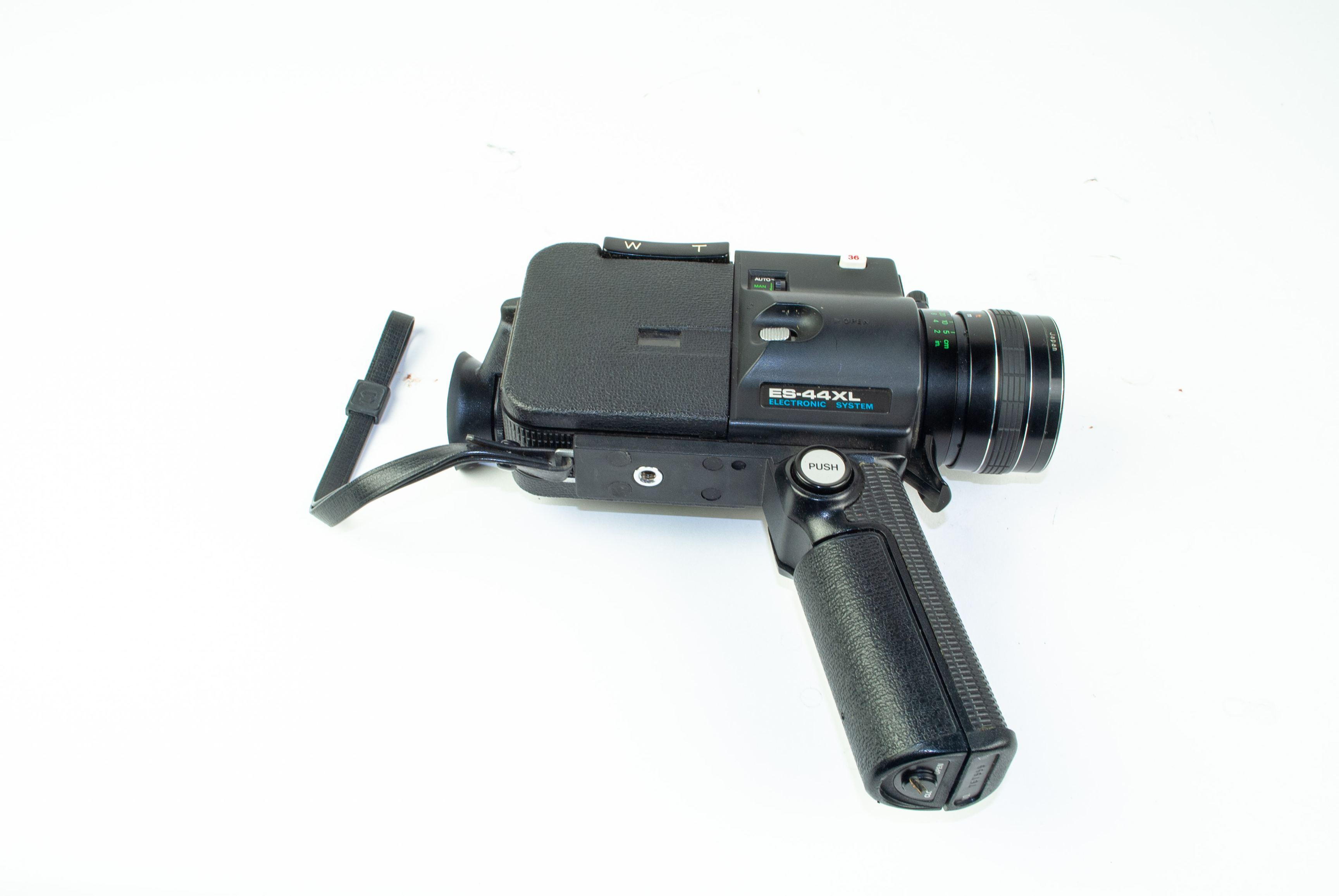 ES-44XL