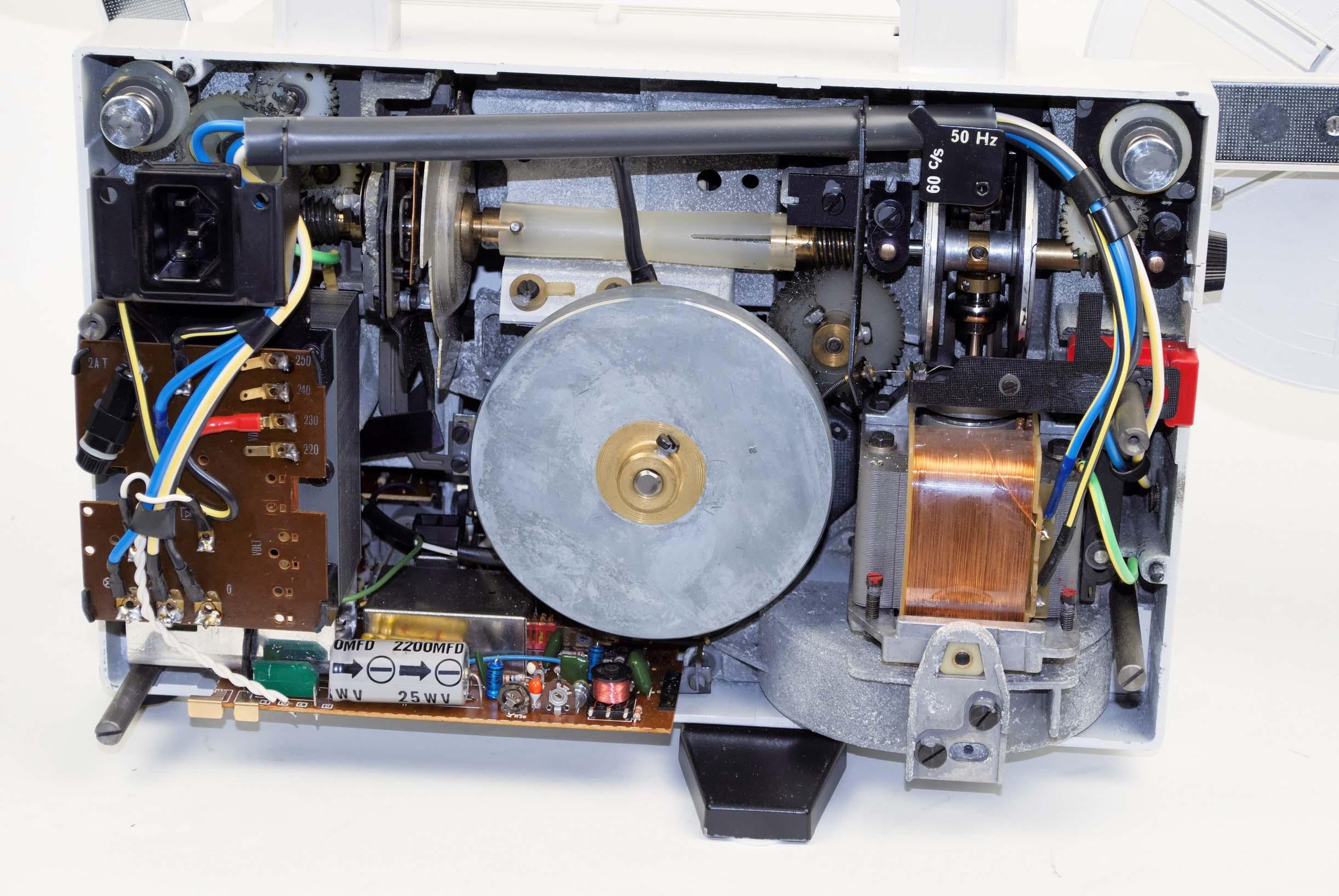 Eumig Mark S 807 D, Film Projectors - Spare Parts and Information Van Eck  Video Services
