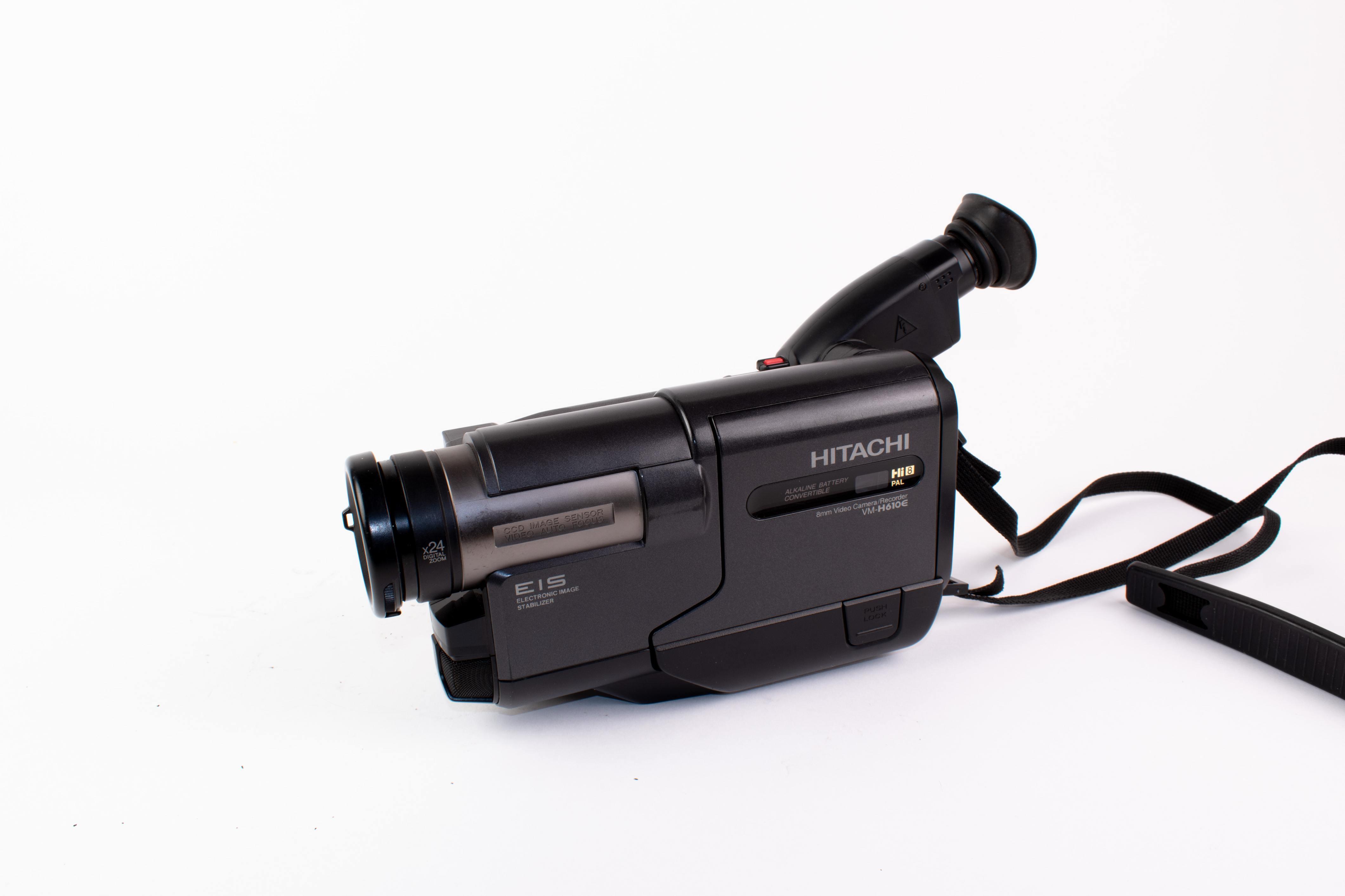 Hitachi Sony CCD-TR412E (hi8 video8) (used)